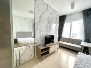 For RentCondoRatchadapisek, Huaikwang, Suttisan : ✨ For Rent Chapter One ECO Ratchada - Huaikwang✨❣️ Built-in room, very beautiful, Mom !! High floor, beautiful view!