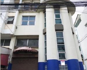 เช่าตึกแถว อาคารพาณิชย์พัฒนาการ ศรีนครินทร์ : For Rent ให้เช่าอาคารพาณิชย์ / Home Office 3 ชั้น ซอยกรุงเทพกรีฑา 15 หลังใหญ่ 38 ตารางวา จอดรถได้ 2 คัน เหมาะเป็นสำนักงาน จดบริษัทได้