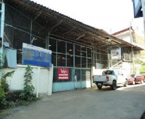 เช่าโกดังบางแค เพชรเกษม : For Rent ให้เช่าโกดัง ซอยเพชรเกษม 17 พื้นที่ดิน 196 ตารางวา พื้นที่ใช้สอย 784 ตารางเมตร ทำเลดีมาก ใกล้ MRT แยกท่าพระ