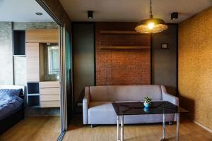 For RentCondoBangbuathong, Sainoi : Rental Dcondo Rattanathibet, a new style. Japanese-modern furniture decoration loft❣ Complete electrical appliances Ready to move in