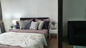 For RentCondoNakhon Pathom, Phutthamonthon, Salaya : IONDO Salaya, new room, beautiful view, fully furnished