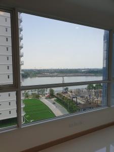 ขายคอนโดพระราม 3 สาธุประดิษฐ์ : Supalai Riva Grande For Sales - 2 Bedroom Imperial Suite Tower B South Side