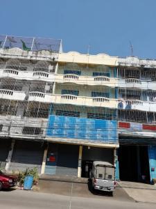 For RentShophouseSamrong, Samut Prakan : >> Rent a commercial building, 2 booths, 4 floors, penetrating every floor, Thepharak 12