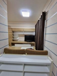 For RentCondoRama9, RCA, Petchaburi : Cheap rent, renovated with furniture and electrical appliances.