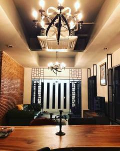 For RentHousePattanakan, Srinakarin : HOUSE FOR RENT - Pruksa Ville 73 Patthanakan 38***Special Price 35,000 Baht*** RH-12652