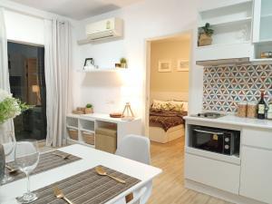 For RentCondoRama9, Petchburi, RCA : For Rent and Sale A Space Asoke Ratchada Hideaway 2 Beds 2 Bath near MRT Rama9 and Central Rama9