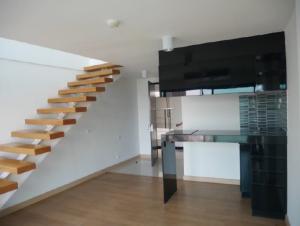 ขายคอนโดอ่อนนุช อุดมสุข : คอนโดแบบ 2 ชั้น ( Duplex ) ราคาเพียง 4,900,000 บาท อ่านไม่ผิดครับ 4,900,000 บาท จริง ๆ !!!!!!