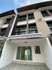 For SaleTownhouseLadprao 48, Chokchai 4, Ladprao 71 : Townhome for sale Baan Klang Muang Chokchai 4 Soi 50 Ladprao was.