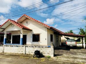 เช่าบ้านเชียงราย : ให้เช่าบ้านเดี่ยว(เมือง) 2 ห้องนอน 2 ห้องน้ำ 2ที่จอดรถ  ให้เช่าในราคา 4,400 บาท/เดือน หมู่บ้านทรัพย์ออมสิน อ.เมือง จ.เชียงราย