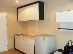 For RentCondoBangbuathong, Sainoi : Condo for rent, Bangyai Square, Building C1, 8th floor, size 30.91 sqm., 1 bedroom separate, good view, rental price 5500 baht.