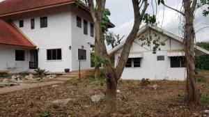 ขายบ้านนครปฐม พุทธมณฑล ศาลายา : ขาย บ้านเดี่ยว ริมน้ำ นครชัยศรี หมู่บ้านทองธัชการ 803 ตารางวา บรรยากาศธรรมชาติ ถูกที่สุด