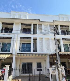 For SaleTownhouseThaphra, Wutthakat : Townhouse for sale. Chuan Chuen Charan Village 3