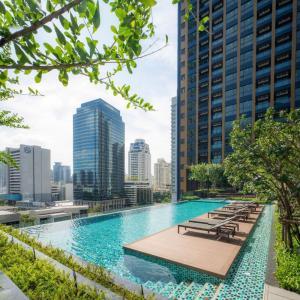 For RentCondoRama9, RCA, Petchaburi : Lumpini Suite Phetchaburi-Makkasan New room for rent, beautiful, Modern Luxury style, 2 bedrooms, 1 bathroom, high floor, city view, reasonable price