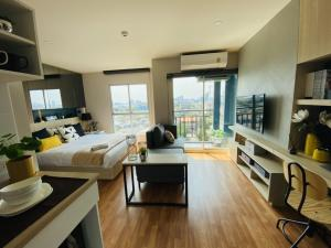 For SaleCondoOnnut, Udomsuk : Condo for sale near BTS Punnawithi, Condo Lumpini Ville, Sukhumvit 101/1. Condo Sukhumvit, On Nut, Udomsuk, Bangchak, Phra Khanong, size 24.67 square meters, free transfer, free air conditioning, TV, refrigerator, microwave, full furniture.