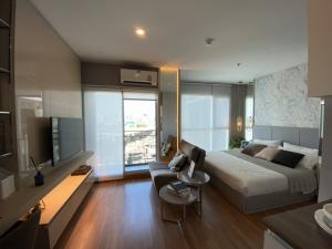 For SaleCondoRama3 (Riverside),Satupadit : One room only. Condo for sale, Chao Phraya River view, size 25 square meters, easy access to the inner CBD to Asoke, Ploenchit, Siam, Chidlom, closer than you think. Condo Lumpini Place Rama 3 - Riverine.