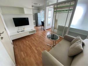 For SaleCondoChengwatana, Muangthong : S1144 ** Urgent sale ** Condo THE TRUST CONDO NGAMWONGWAN, size 24.6, 8th floor, nearby Pantip Plaza.