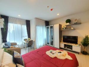 For RentCondoRama9, RCA, Petchaburi : 🎉 New condo for rent, high floor, beautiful view, Life asoke- rama9 studio taken from the real room Price negotiable Ready to move in
