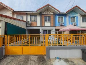 For RentHouseBangbuathong, Sainoi : The owner released the house quickly. Pruksa Village 37 (Phra Pin Market Zone 3, Bang Yai Road, Kanchanaphisek Road Near Central Westgate)