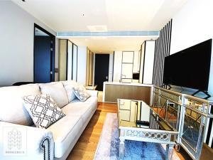 For RentCondoSukhumvit, Asoke, Thonglor : 3074-A😊 For RENT 1 bedroom for rent 🚄 near BTS Phrom Phong 🏢 Beatnik Sukhumvit 32 Beatniq Sukhumvit 32 🔔 Area: 54.41 sq m. Rent: 55,000 ฿ 📞O88-7984117, O65-9423251✅ LineID: @sureresidence