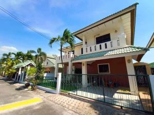For SaleHousePattaya, Bangsaen, Chonburi : Hot sale Pool Villa, Good Price, Privacy