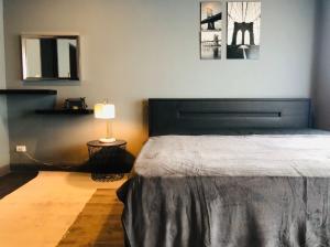 เช่าทาวน์เฮ้าส์/ทาวน์โฮมเสรีไทย-นิด้า : ให้เช่า บ้านกลางเมืองเดอะปารีส พระราม 9-รามคําแหง 3 นอน 3 น้ำ 3 ขั้น ตกแต่งใหม่ (ZTH333)