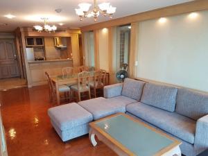 For RentCondoNana, North Nana,Sukhumvit13, Soi Nana : 3083-A😊 For RENT 1 bedroom for rent 🚄 near BTS Nana 🏢Sukhumvit Suite Sukhumvit 13🔔 Area: 80.00 sq.m. 💲 Rent: 22,000 ฿ 📞O88-7984117, O65-9423251✅LineID: @sureresidence