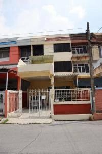 For RentTownhouseRatchadapisek, Huaikwang, Suttisan : Townhome for rent, Pornpailin, Ladprao