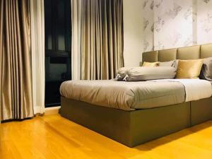 For RentCondoWongwianyai, Charoennakor : 📍LINE ID: @twproperty 🌟 Rent Bangkok Feliz @ Krungthonburi 5 - 2 🌟 Fully furnished. The cheapest price !!!!
