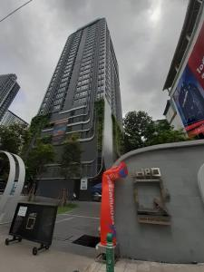 For RentCondoSiam Paragon ,Chulalongkorn,Samyan : Condo for rent :  IDEO Q Siam Type : 2 Bedrooms 1 Bathroom Size : 51 Sq.m Floor : 36 Rent price 38,000 baht/month