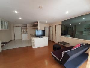 For SaleCondoWongwianyai, Charoennakor : Bigger Condo Next to BTS Krung Thon Buri near Icon Siam 74 sq m 2 bedrooms 4.5 million