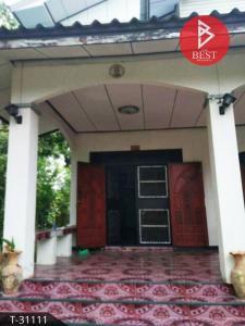 For SaleHouseKorat KhaoYai Pak Chong : House for sale with land, 235 square meters, Soi Non Samran, Bua Yai Subdistrict, Nakhon Ratchasima