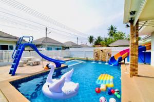 For SaleHouseHua Hin, Prachuap Khiri Khan, Pran Buri : House for sale in Hua Hin Soi 70, private pool with kid's pool Fully furnished Near convenience store