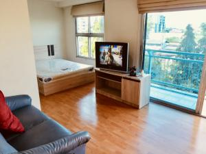 For SaleCondoVipawadee, Don Mueang, Lak Si : Condo for sale/rent Parkview Parkview Vibhavadi Laksi near BTS station Don Mueang Airport, 33 sqm., 3rd floor, large balcony