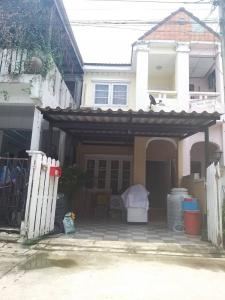 For SaleTownhouseRamkhamhaeng,Min Buri, Romklao : Urgent. Selling 2-storey townhouse, Thammasat University project, price 1.89 million baht.