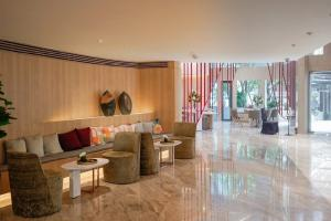 For RentCondoSukhumvit, Asoke, Thonglor : Urgent Rent ++ Taka Haus ++ Good Decor ++ BTS Ekkamai ++ Available @ Special Price 28000🔥