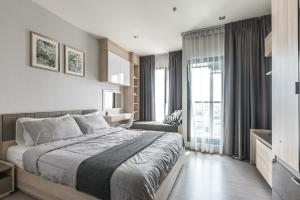 For SaleCondoOnnut, Udomsuk : TP9-0033 For Sale! Condo Life Sukhumvit 62, beautiful room, built-in, fully furnished, near BTS Bangchak, very convenient to travel! (For sale with tenants)