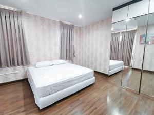 ขายคอนโดราชเทวี พญาไท : FOR SELL!!! Supalai Premier Ratchathewi 2 bed ชั้นสูง ราคาพิเศษ (Tel.089-235-1551)