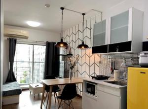 For RentCondoRatchadapisek, Huaikwang, Suttisan : A Space Hideaway Asoke Ratchada 🍁 Floor 9 🍁 Rental fee 12000 baht.