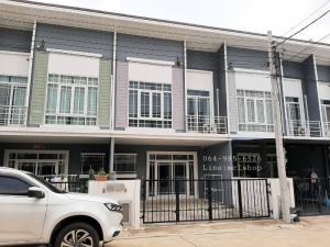 For RentTownhouseBangbuathong, Sainoi : For rent 💢 Townhome near Q District Park, Soi Chan Thong Iam. Near Central West Gate for rent 16,000 baht / month