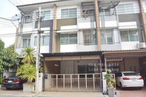 For RentTownhouseChengwatana, Muangthong : For rent, 3-storey townhome, fully furnished, ready to move in. The Trust City Ngamwongwan 25, near Pantip, near Ngamwongwan expressway, rent 18,000 baht / month