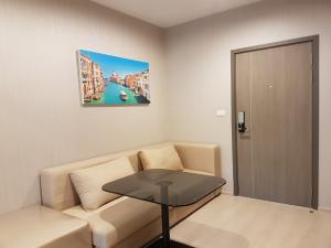 For RentCondoThaphra, Wutthakat : +++ Condo for rent at Ideo Thaphra Interchange (IDEO Thaphra Interchange), lowest price +++