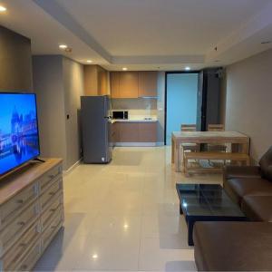 For RentCondoWitthayu,Ploenchit  ,Langsuan : 1 bedroom for sale / rent 🚅 near BTS Ratchadamri (120 m.) 🏢 The Rajdamri The Rajdamri Project 35000 within May.