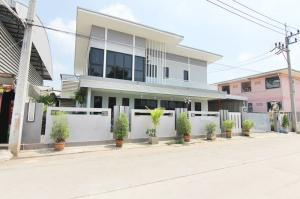 For SaleFactoryMahachai Samut Sakhon : Office building for sale / Factory with land 200 square wah (purple area) Soi six sok behind Central Mahachai