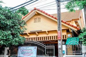 ขายบ้านเอกชัย บางบอน : บ้านเดี่ยวขาย : วรารมย์ เพชรเกษม 81 (เฟส2) (064-6654666)