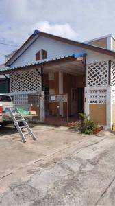 ขายบ้านรังสิต ธรรมศาสตร์ ปทุม : >>ขายถูกมาก ม.แสงตะวัน   คลอง 11 ติดถนนใหญ่ ธัญบุรี (1.1ล้าน )
