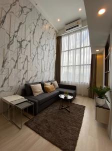 For RentCondoSathorn, Narathiwat : For rent: KnightsBridge Prime Sathorn, elegant decoration, brand new room, fully furnished, near BTS Chong Nonsi