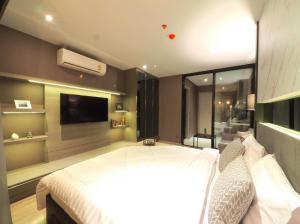 เช่าคอนโดสุขุมวิท อโศก ทองหล่อ : Rhythm Ekkamai  (High Rise Condominium) For Rent - 280 Metres from Ekkamai BTS Station