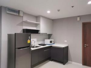 For RentCondoOnnut, Udomsuk : Condo for rent, The Base Sukhumvit 77, 2 bedrooms, near BTS On Nut