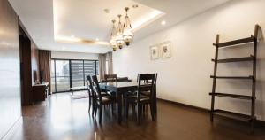 เช่าคอนโดสาทร นราธิวาส : (For rent) Sathorn Garden Luxury condo Large room nice decoration ✨✅