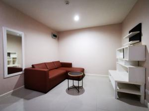 For SaleCondoThaphra, Wutthakat : Condo for sale, The Lake Metro Park Phase 3, size 44 sqm, fully furnished. Lowest price